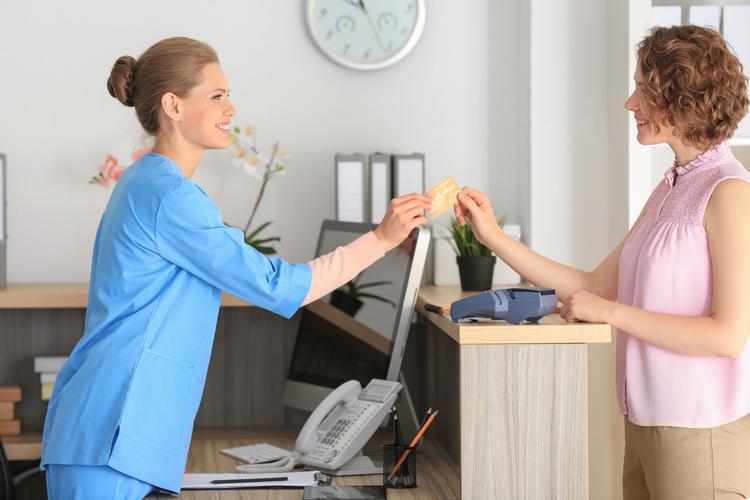 主婦やママでも働きやすい受付のお仕事!その実態とは?