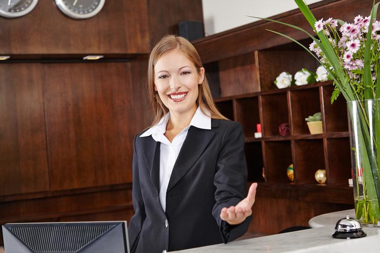 受付で外国人のお客様対応時に知っておきたい英会話フレーズとは?