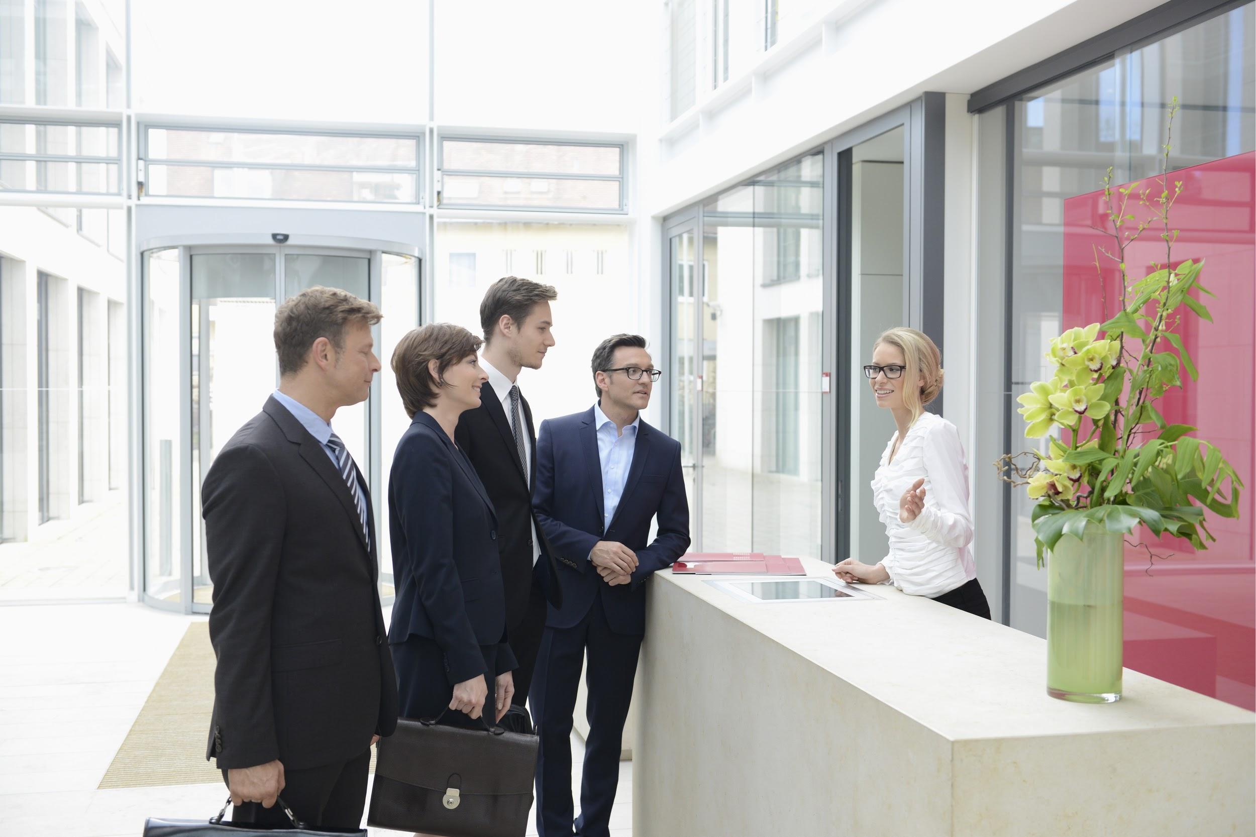 受付に転職する際に入社日の調節はできる?