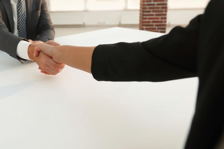 受付の履歴書・面接で役立つ!長所と短所の書き方
